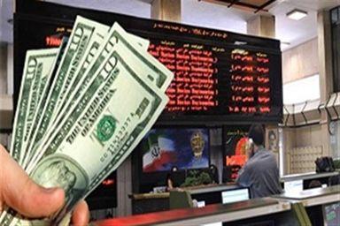 ماه متفاوت بورس و دلار
