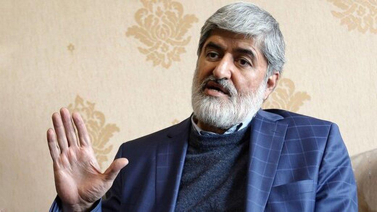 مطهری: احمدینژاد به درستی میگفت مسئول اجرای قانون اساسی است