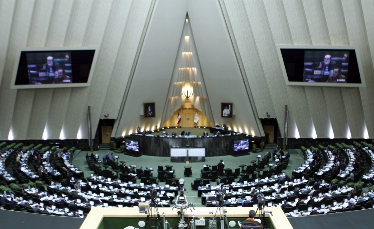 چرا شفاف شدن آراء نمایندگان در مجلس از نان شب هم واجب تر است؟