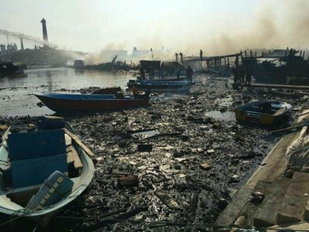 اسکله کنگان بعد از مهار آتش