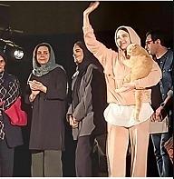 حذف یک نمایش به خاطر حضور گربه! آقای روحانی، دقیقا کجایی؟