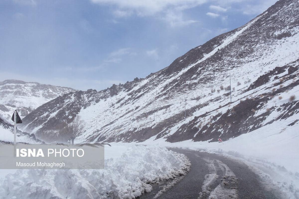 به دلیل شرایط نامساعد آب و هوایی از صعود به ارتفاعات کوهستانی اجتناب کنید