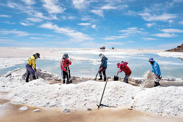 جنگ لیتیوم در بولیوی | بحران در بزرگترین منابع لیتیوم جهان به کجا میرسد؟
