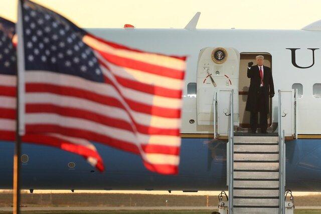 بلومبرگ: ترامپ صبح چهارشنبه با هواپیمای ویژه رئیس جمهور برای حضور در مراسم خداحافظی به فلوریدا میرود