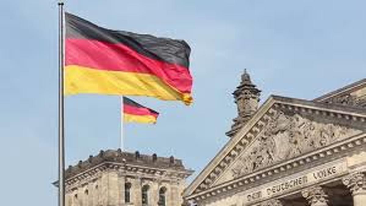 قانون | عضویت بانوان در هیات مدیره شرکتها دردولت آلمان اجباری شد