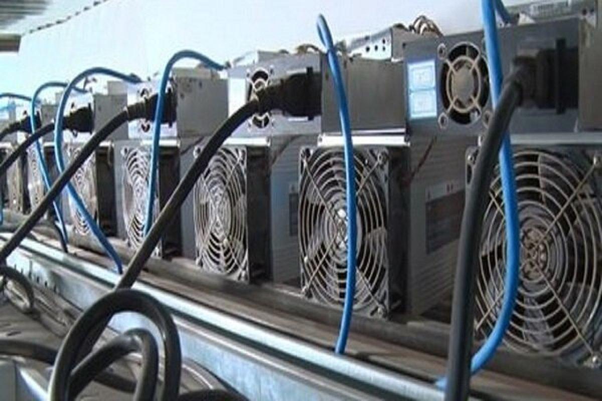 کشف ۳۰ دستگاه استخراج ارز دیجیتال غیرمجاز در کنگاور