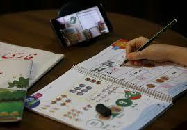 محرومیت از تحصیل 5 میلیون دانشآموز به خاطر نداشتن موبایل