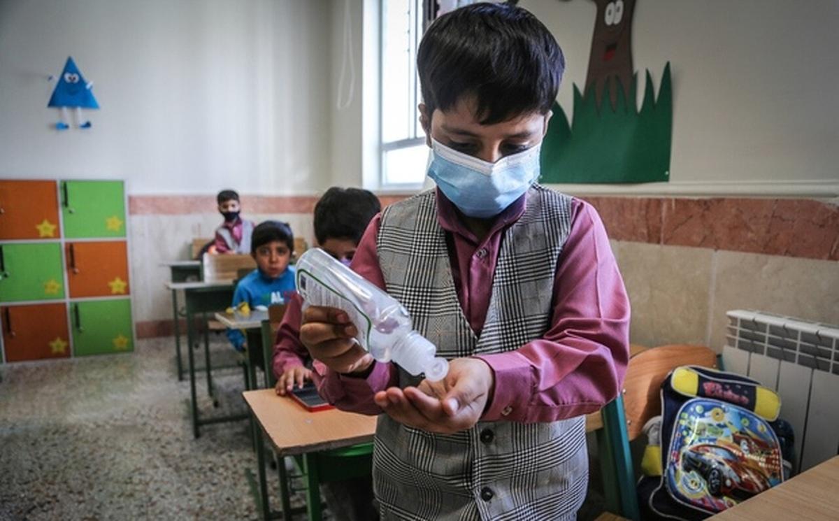 بازگشایی مدارس منجر به افزایش موارد کرونا و مرگ و میر بالا در کودکان خواهد شد