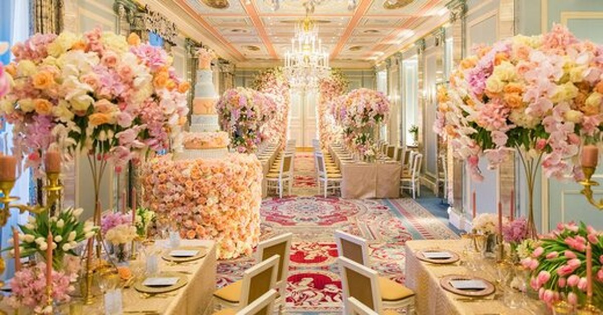 عروسی لاکچری | عروسی به سبک سیندرلا در لواسان با یک میلیارد تومان هزینه + تصاویر
