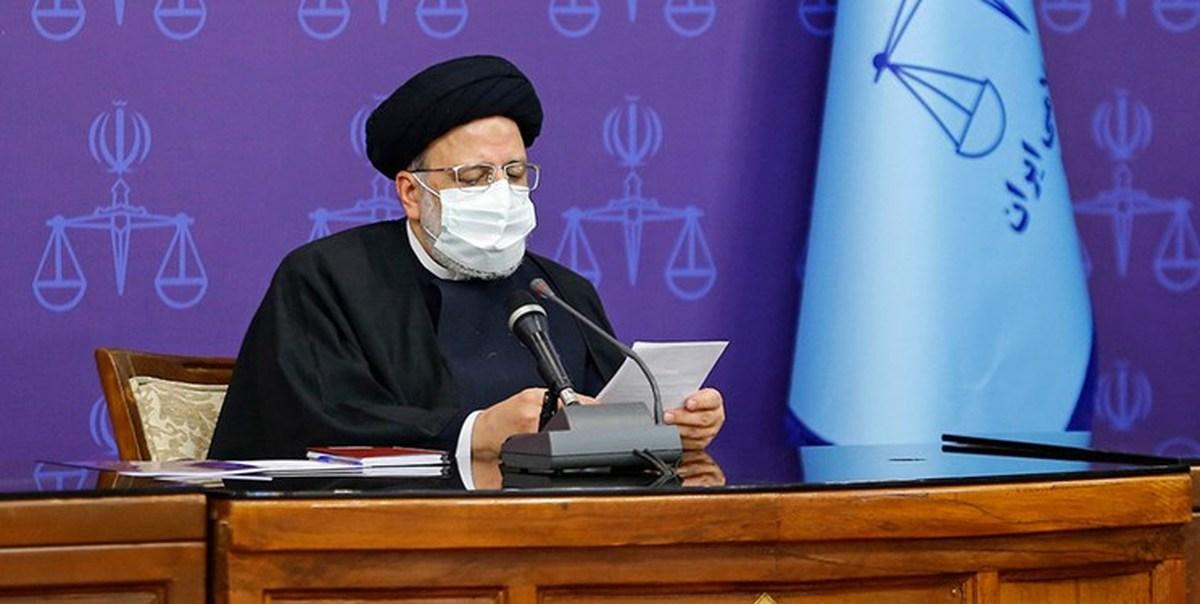 با دستور رئیسی، برگزاری دادگاهها علنی میشود