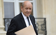 کیهان خطاب به وزیر خارجه فرانسه: به قبر پدرت میخندی که غلط زیادی میکنی