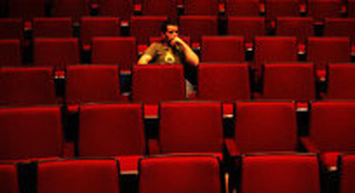 جزییات وام ۱۷ میلیاردی برای سینماها|سینماداران ۷۲ ساعت وقت دارند