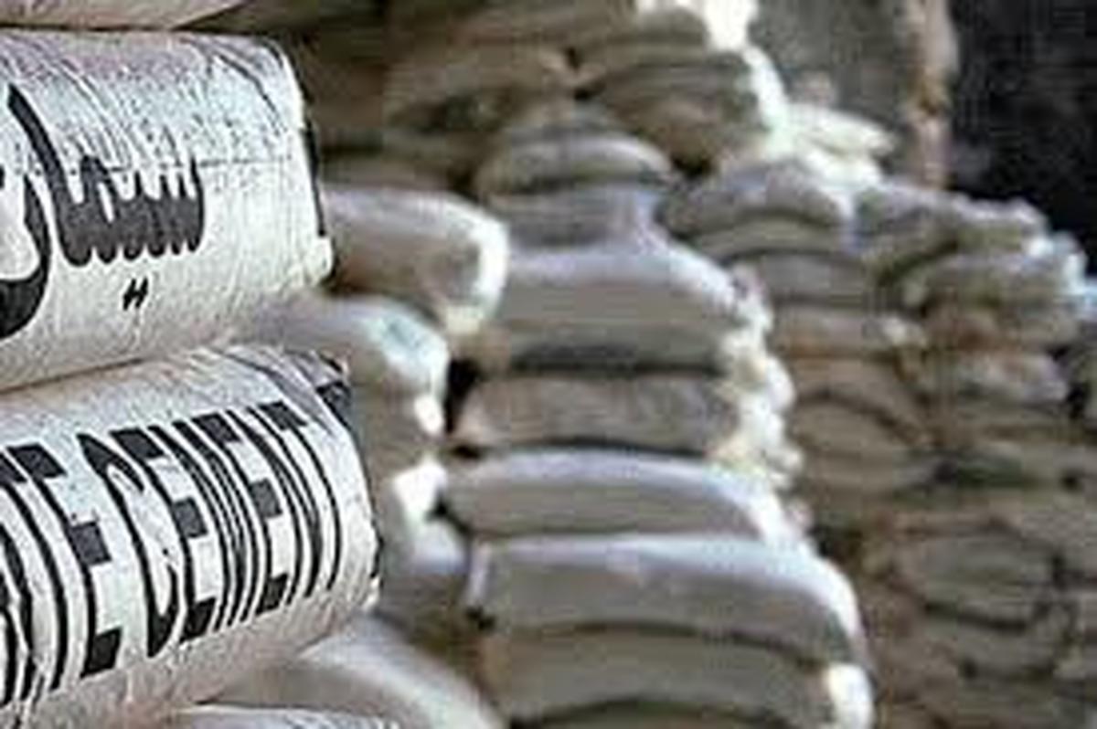 نرخ هر بسته سیمان پاکتی  به ۳۳ هزار تومان افزایش یافت