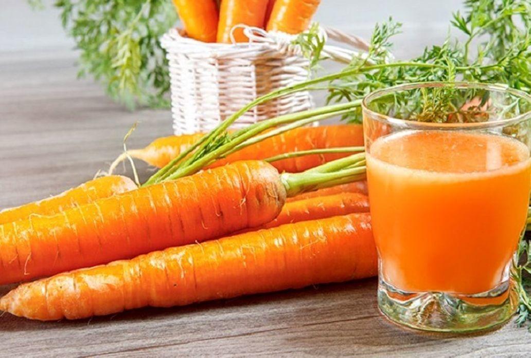 خواص شگفت انگیز آب هویج| برای بهبود سلامت چشمانتان آب هویج بنوشید