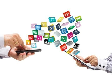 تحریمهای آمریکایی، سکانس حذف اپلیکیشنها از فروشگاههای آنلاین