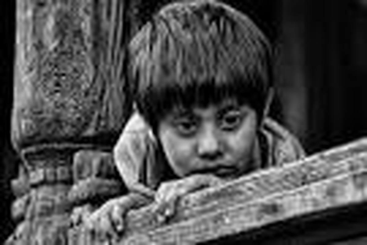 گره کور حل مشکل کودکان بی هویت