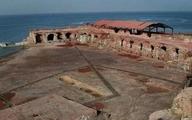 قلعه تاریخی به جا مانده از زمان استعمار پرتغال فرو ریخت