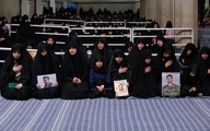 تصویری از دختر سردار شهید سلیمانی در محضر رهبر انقلاب