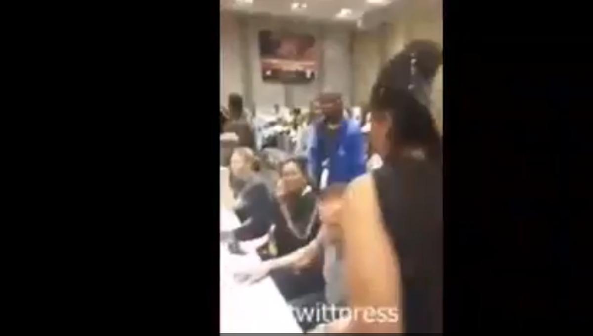 ویدیو: حمله به آرنولد شوارتزنگر در افریقای جنوبی