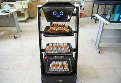 ربات ایرانی که پذیرایی می کند+عکس  پذیرایی ربات ایرانی در مراسم رونمایی از 57 پروژه و محصول فناوری نانو