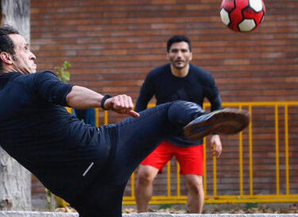 جدال جادوگر با قوانین فدراسیون فوتبال+ عکس