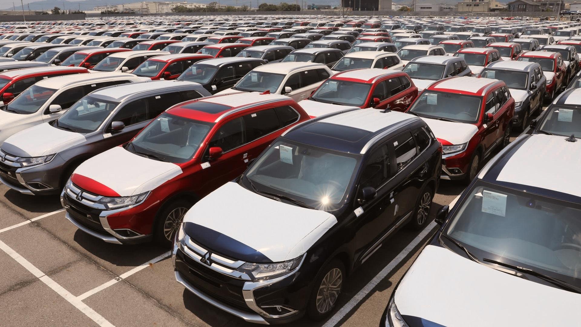گمرک: وضعیت ۲۲۴۹ خودرو دپوشده را به وزارت اقتصاد اعلام کرده ایم