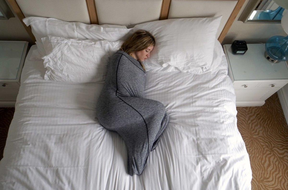 در اتاق سرد بخوابید .