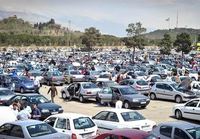 کاهش چشمگیر قیمت در  بازار خودرو  | مصرفکننده واقعی در بازار نیست