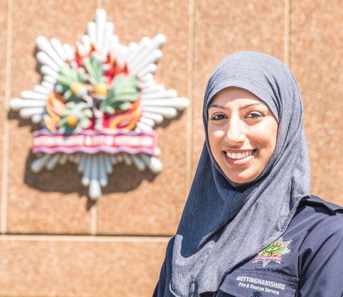 ناتینگهام انگلیس  | اولین آتش نشان زن مسلمان در انگلیس شروع به کار کرد