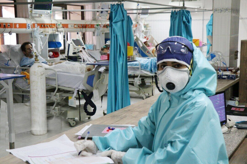 ظرفیت بسیاری از بیمارستانها پر شده است/ تقاضا داریم مردم ماسک استفاده کنند