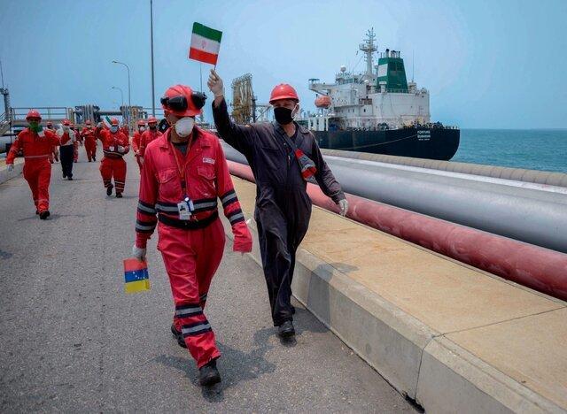 ادعای رویترز: ایران و ونزوئلا توافق سواپ نفت امضا کردند | سواپ نفت سنگین ونزوئلا با میعانات ایران | توافق برای ۶ ماه برنامه ریزی شده، اما ممکن است تمدید شود