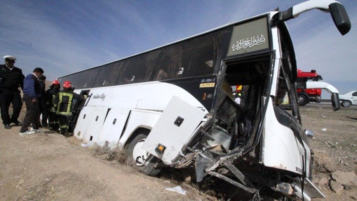 واژگونی مینی بوس کارگران معدن در مینودشت ۱۶ نفر مصدوم شدند