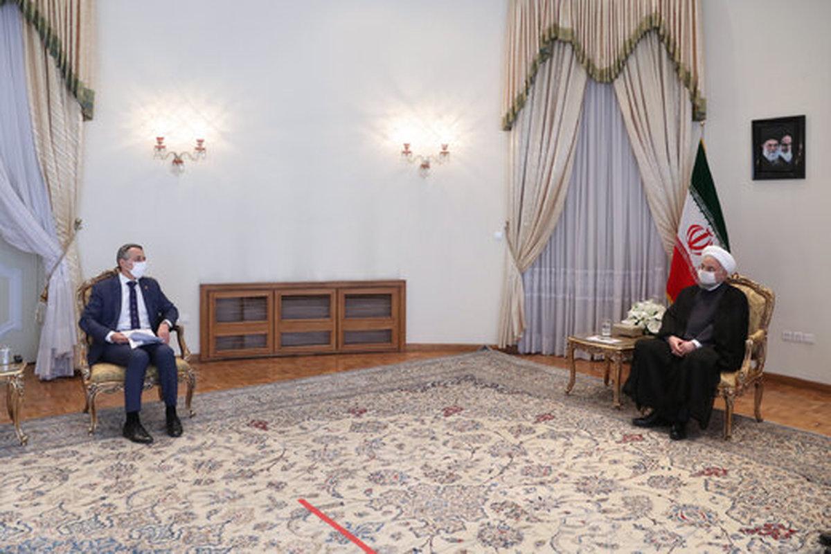 روحانی: هر روز که آمریکا اقدامات غیر قانونی خود را جبران کند، راه برای او باز است