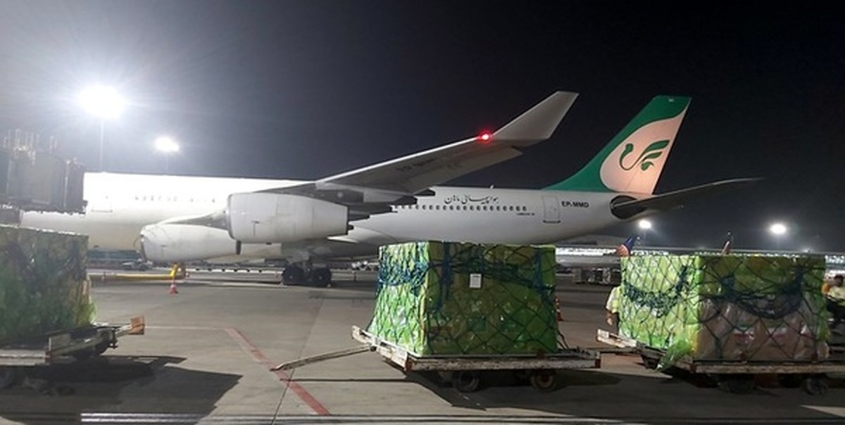 اهدای ۳۰۰ دستگاه اکسیژن ساز اهدایی آستان قدس رضوی به هند