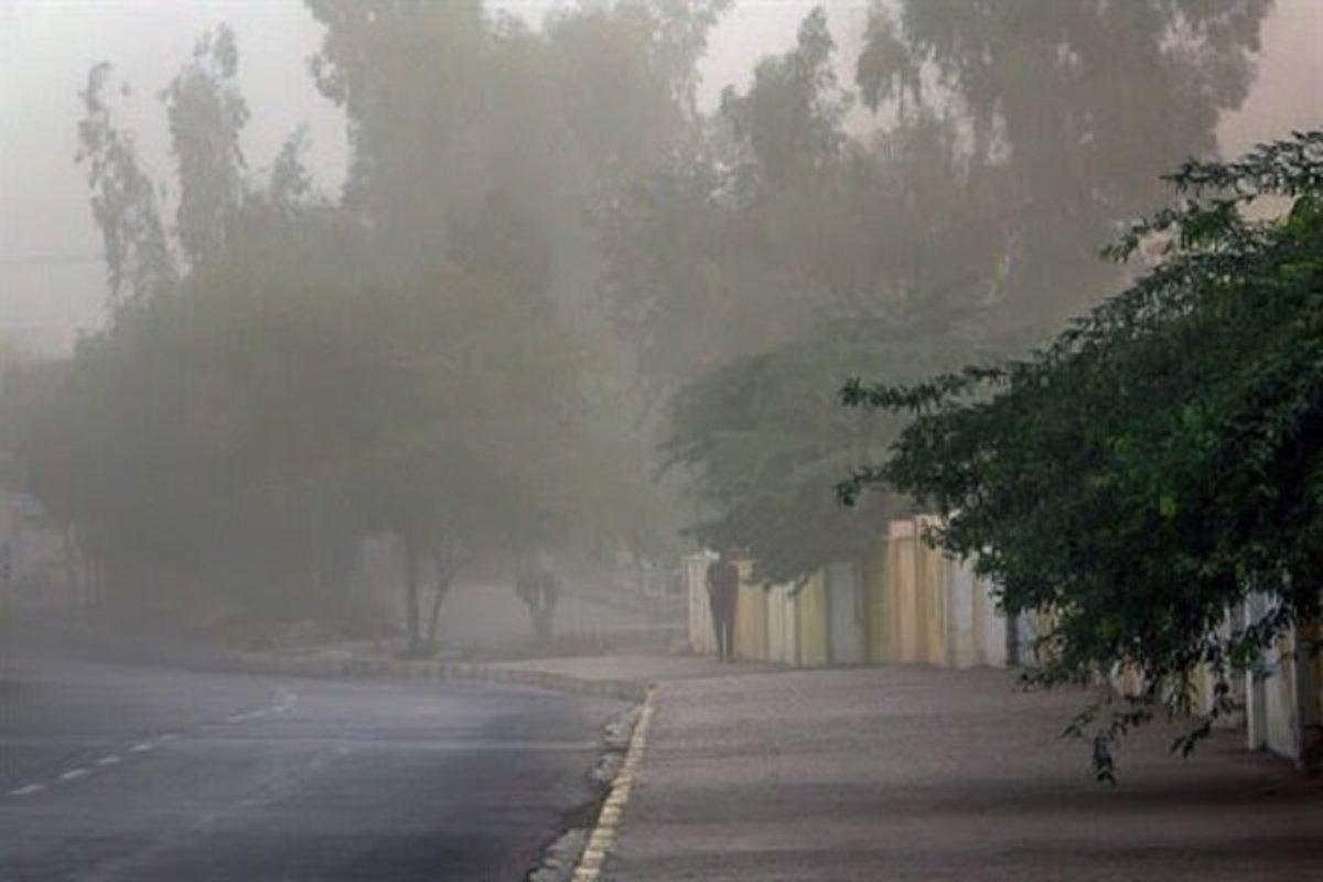 رعد و برق و وزش باد شدید در ۱۲ استان