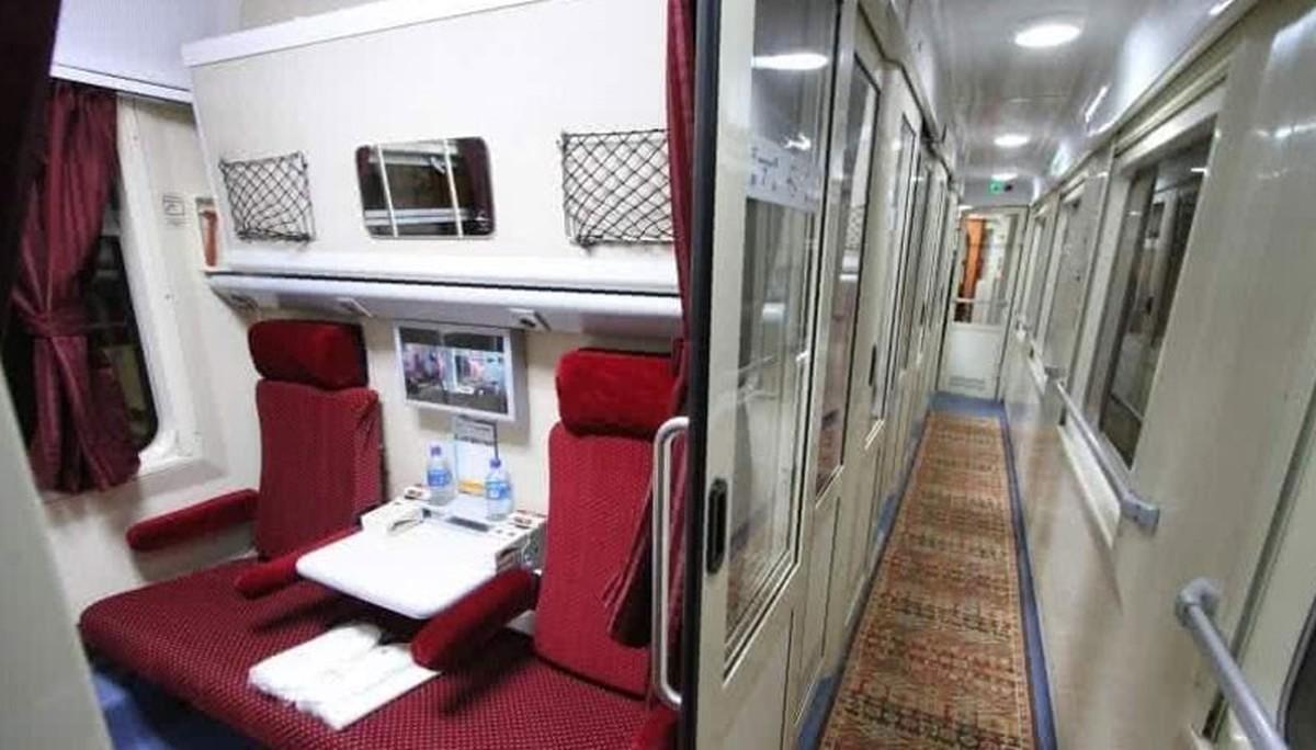 هجوم مسافران به جادهها     بلیت قطار تهران - مشهد ۷۰۰ هزار تومان شد