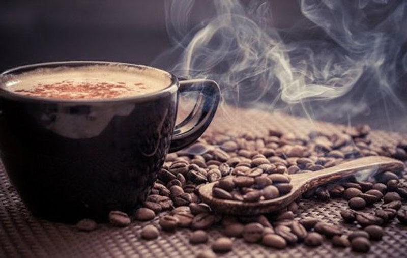 راه حل های ساده برای نجات دندانهای خود از لک قهوه