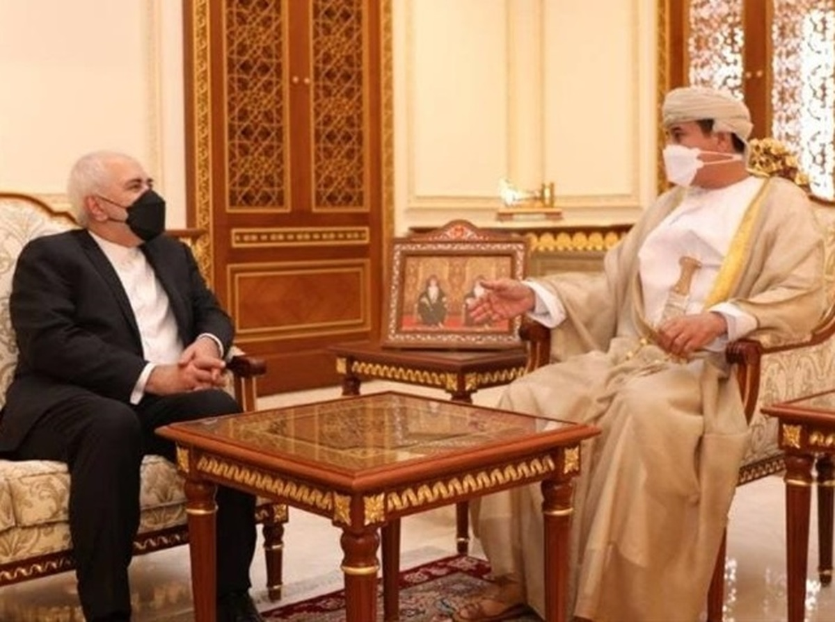 ایران به دنبال افزایش روابط اقتصادی با عمان