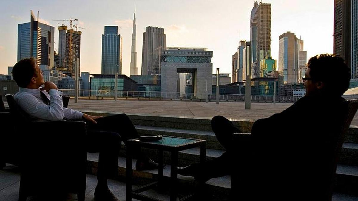 دولت امارات به خارجی ها شهروندی می دهد
