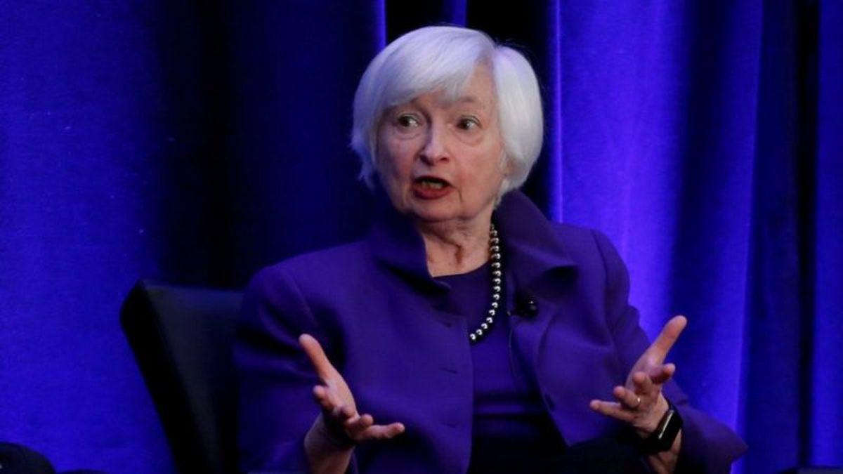 نخستین وزیر دارایی زن آمریکا کیست؟