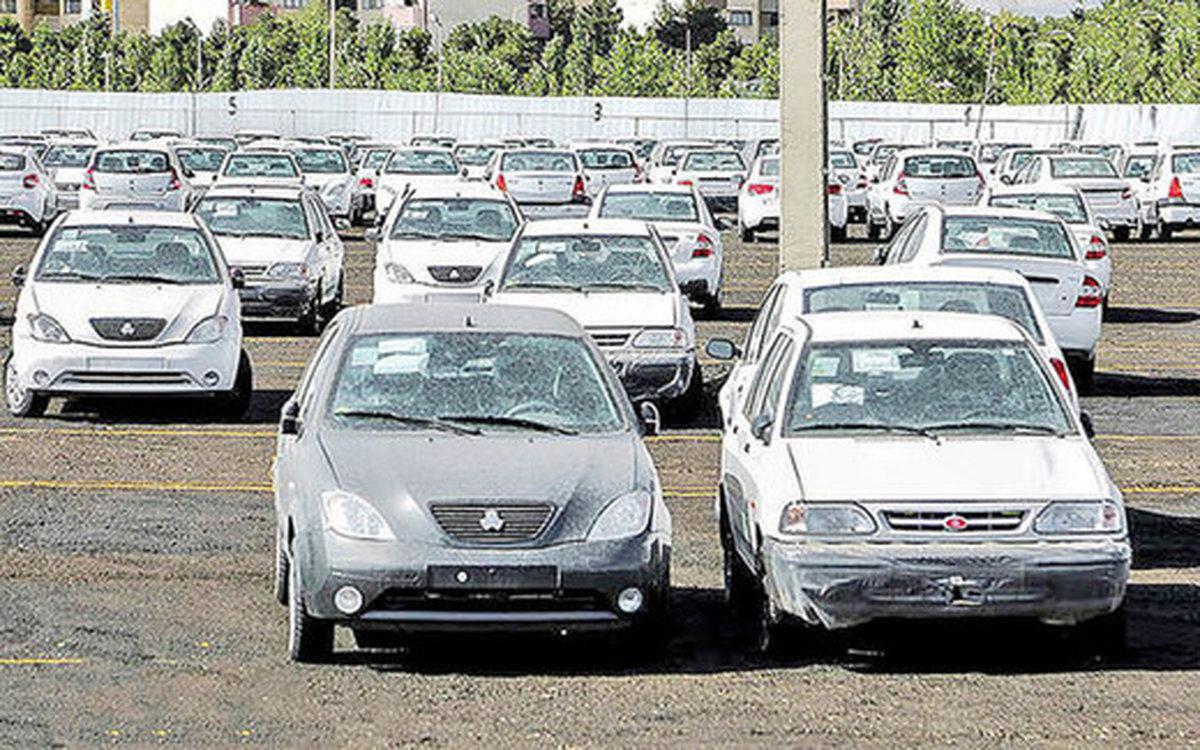 افت ۸ درصدی قیمت خودرو تحت تاثیر دلار ۲۳ هزار تومانی