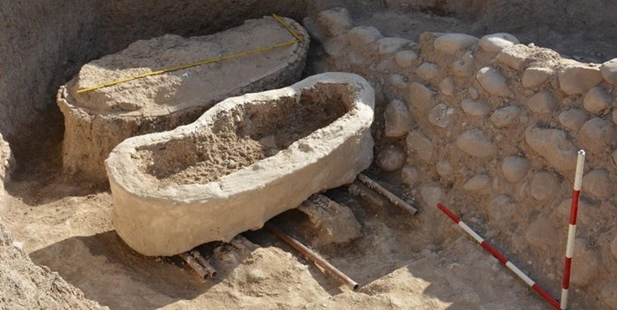 دو تابوت سفالی در دل خاکهای جوبجی رامهرمز کشف شد
