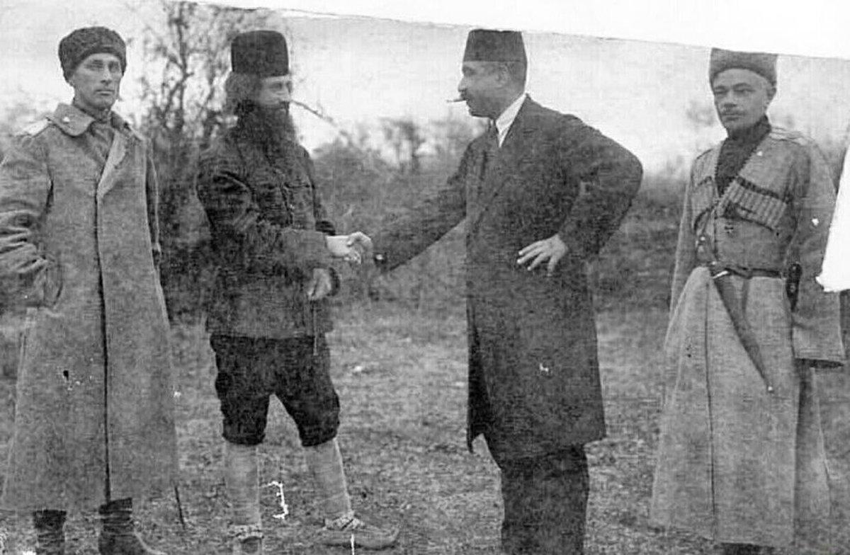 عکس قدیمی از میرزا کوچک خان جنگلی| تصویری دیده نشده از میرزا کوچک خان جنگلی