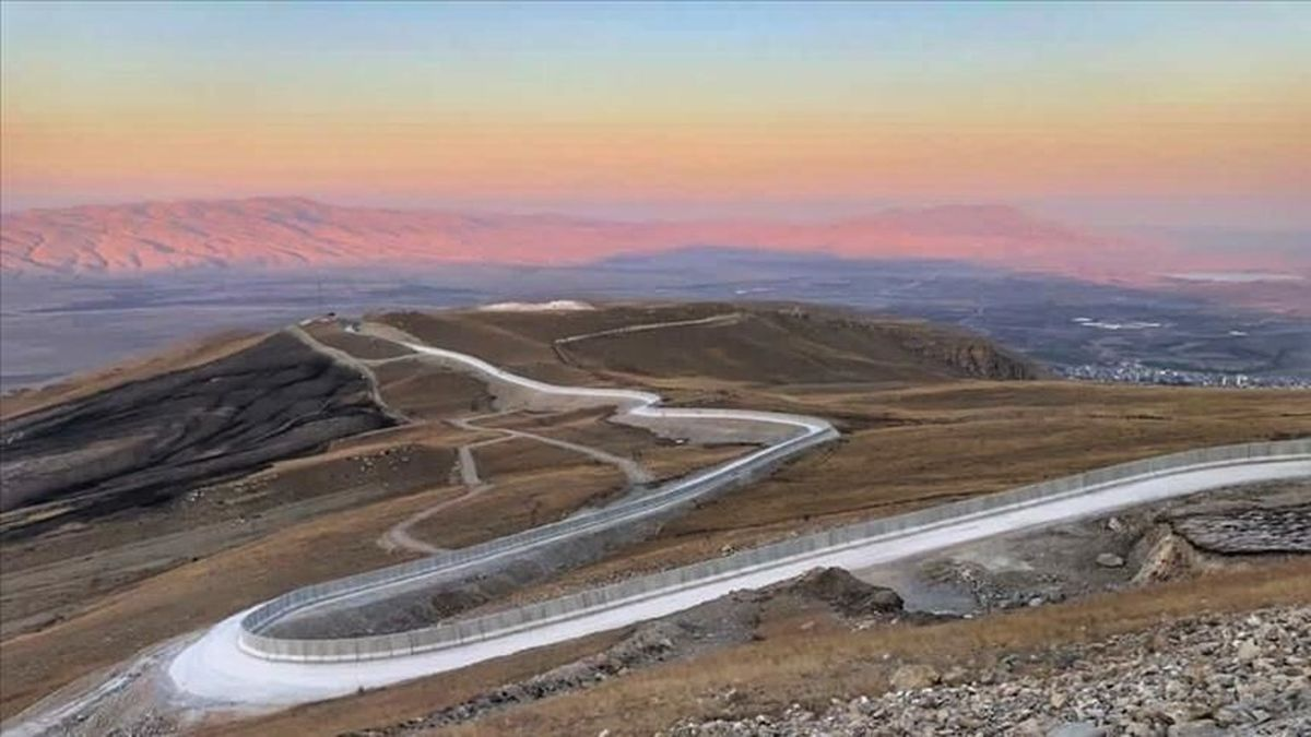 ترکیه مشغول ساخت دیوار مرزی با ایران برای مقابله با مهاجرت غیرقانونی