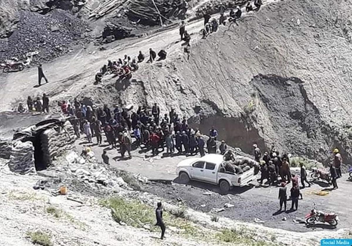 ورود بیش از ۱۰۰۰ افغان از گذرگاه مرزی در نزدیکی هرات به ایران