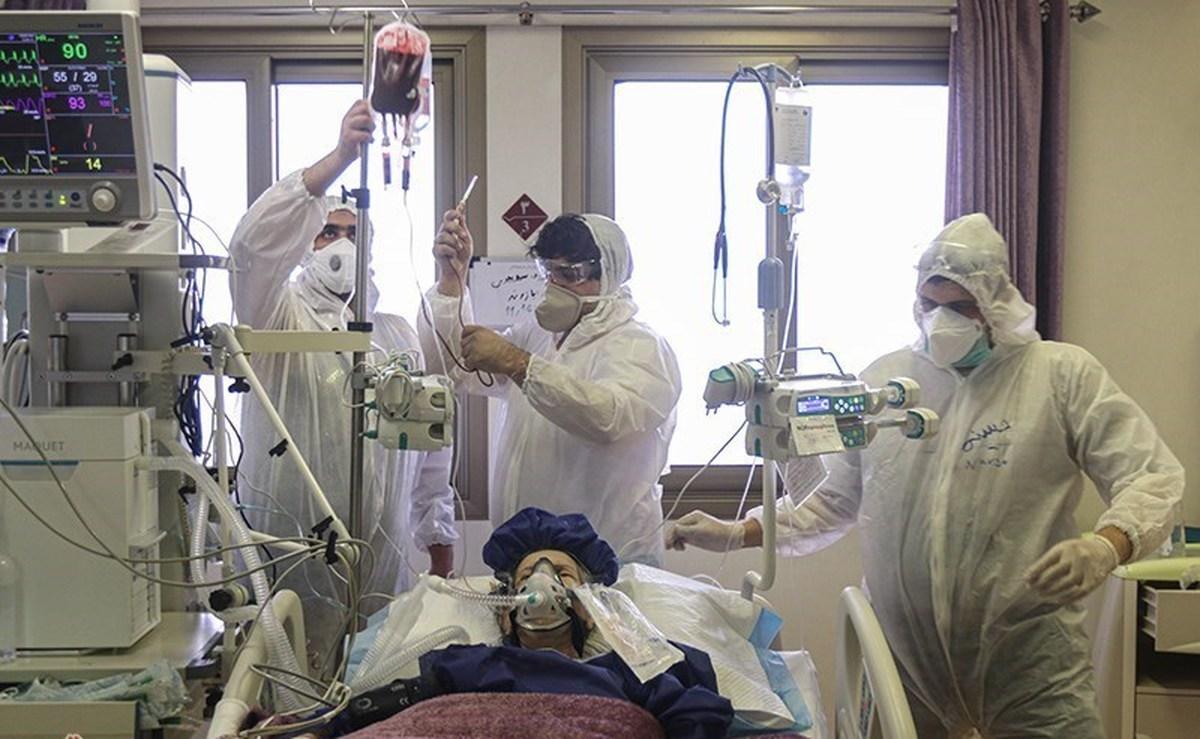 روند کاهشی مراجعات کرونایی به بیمارستانها  |  با افزایش واکسیناسیون شرایط بهتر میشود