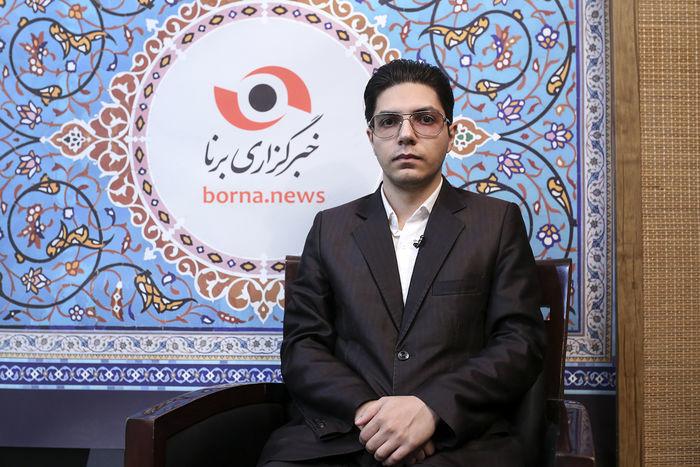حال زبان فارسی بین مردم وخیم نیستکنند!