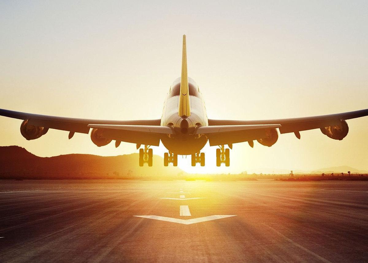 تعلیق دو دفتر خدمات مسافرت هوایی به دلیل گرانفروشی بلیت اربعین