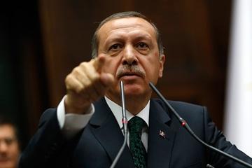 حمله هوایی به کاروان نظامی ترکیه در نزدیکی ادلب / 34 نظامی ترکیه کشته شدند