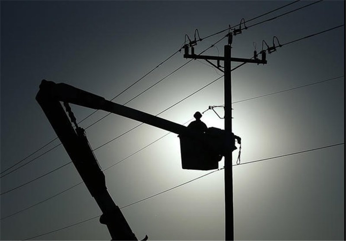 علت قطعیهای گسترده دیروز برق     کمبود عجیب حدود ۹۰۰۰ مگاوات برق در شبکه